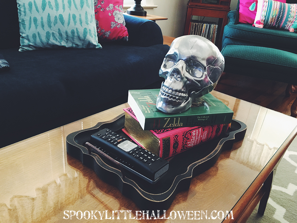 How to reuse Halloween decorations: Ever wondered how you could incorporate your Halloween decorations into your home decor year-round? Here's a few ways this Halloween junkie does it! | spookylittlehalloween.com