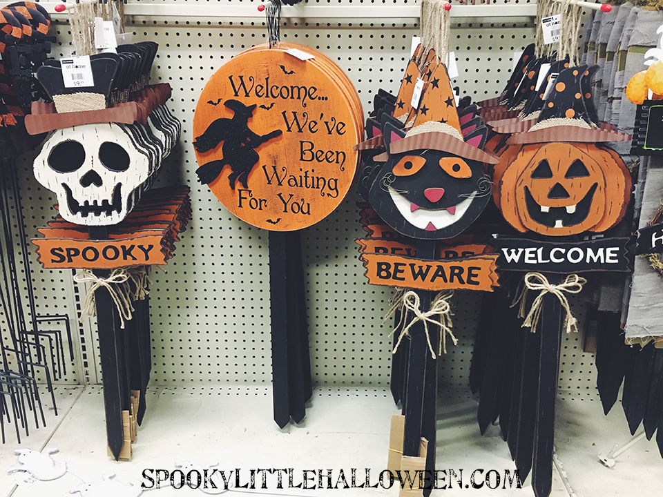 First Look: At Home Halloween 2016  Part I  Spooky - Best Halloween Decorations 2016