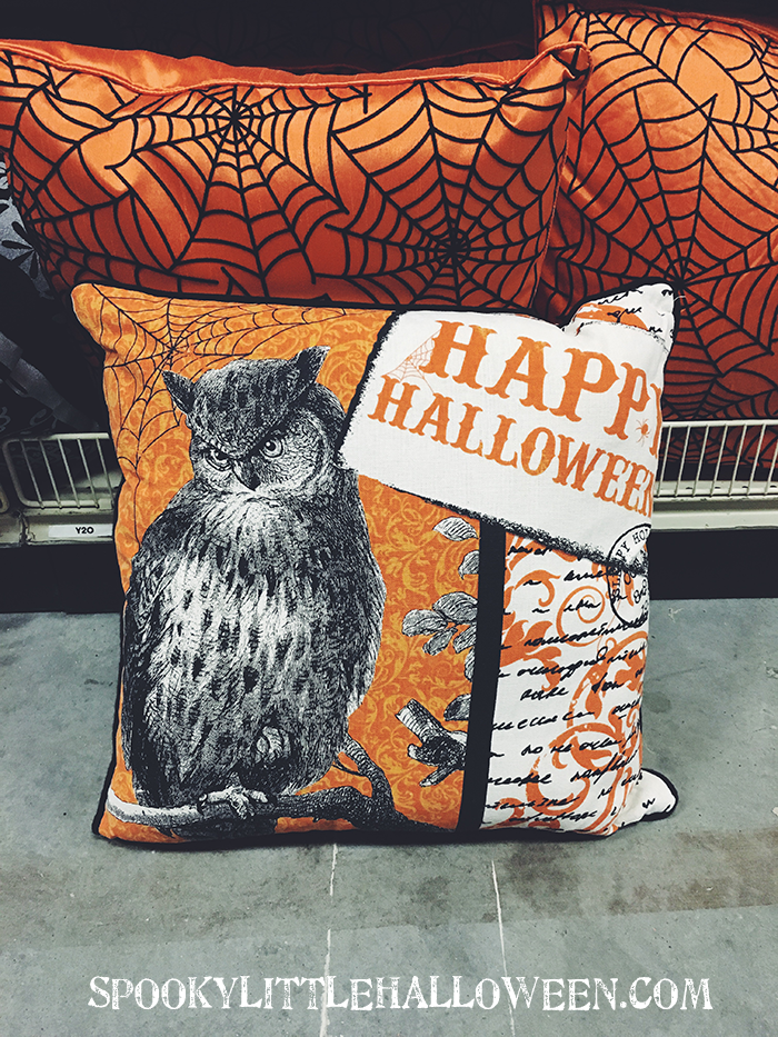 halloween-owl-pillow