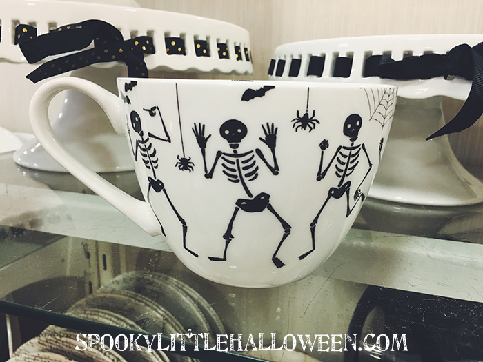First Look: HomeGoods Halloween 2016 - Wondering what Halloween treats HomeGoods has in store for you this year? Take a spin through their Halloween 2016 with Spooky Little Halloween. | spookylittlehalloween.com