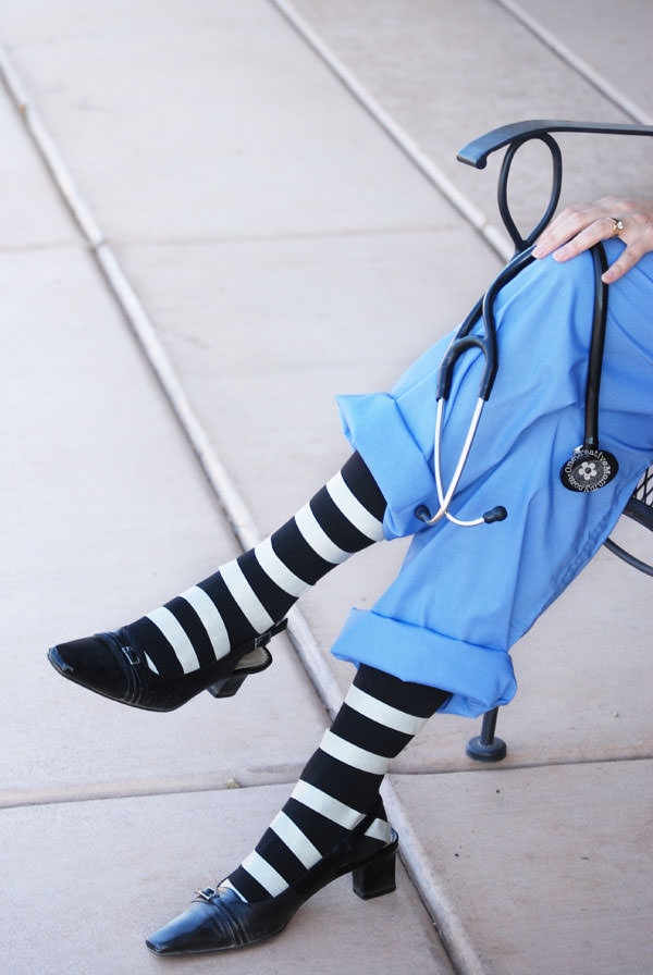 5 Killer Costume Ideas for Halloween 2016: Looking for killer costume ideas for Halloween 2016? How about 9! Sam of Halloween Happy and Miranda of Spooky Little Halloween share their picks!   spookylittlehalloween.com