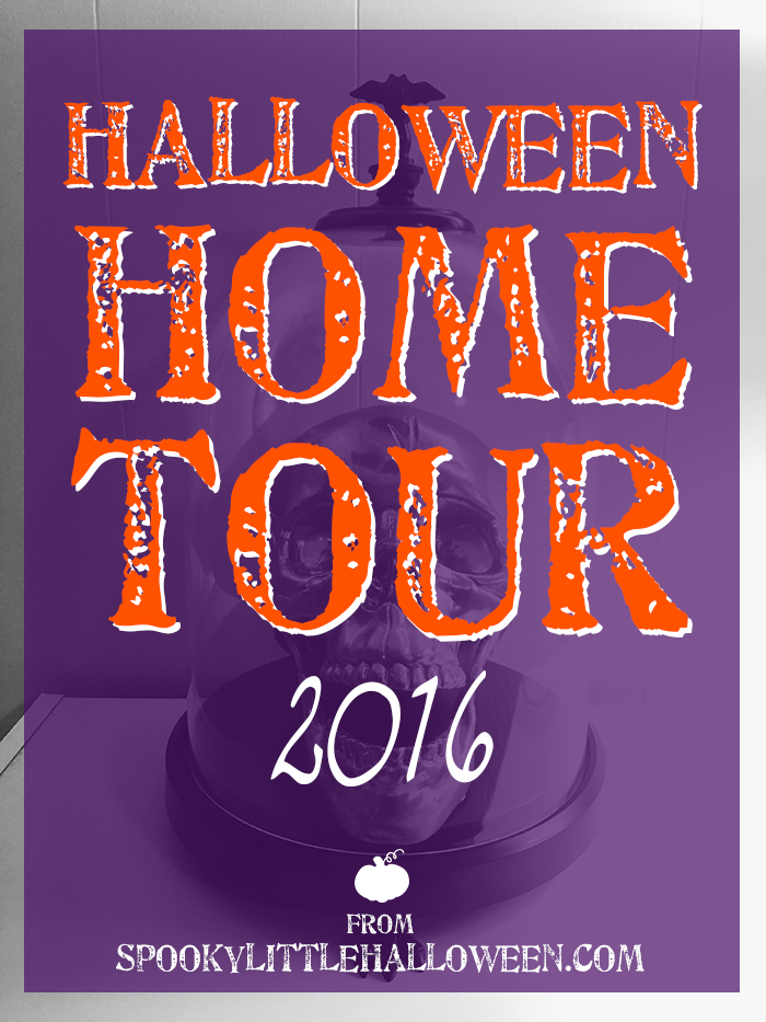 Halloween Home Tour 2016: Take a peek inside my Spooky Little Apartment for my 2016 Halloween home tour! You'll be amazed at how much Halloween one girl can fit in 700 square feet! | spookylittlehalloween.com