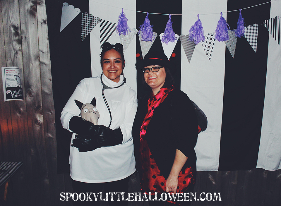 Halloweenie Roast 2016 | Tim Burton Theme: Take a behind-the-scenes look at my Tim Burton-themed Halloween party! Get ideas for decor, creative costumes, party foods, playlists and more. | spookylittlehalloween.com