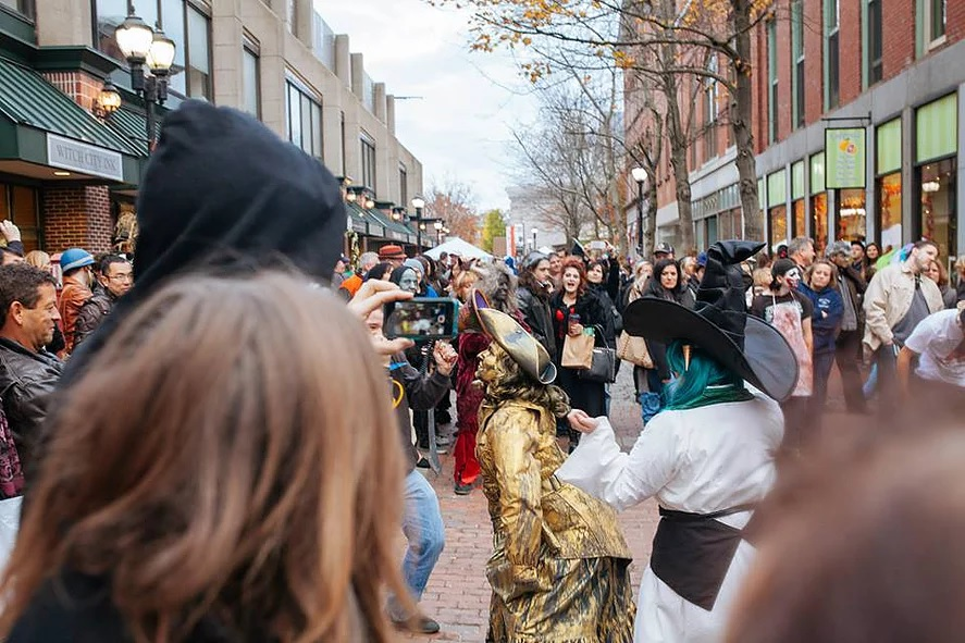 Guest Ghoul: 15 Things to do in Salem, MA this Halloween Season ...