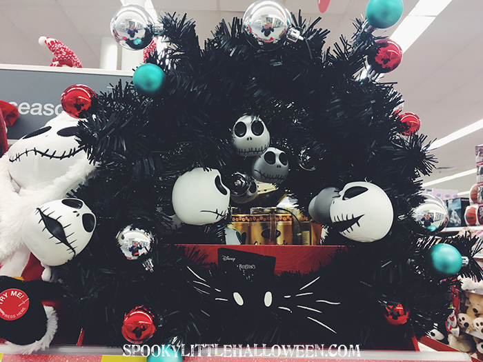 Halloween hunting nightmare before christmas at walgreens not only do these light up they also play whats this solutioingenieria Image collections