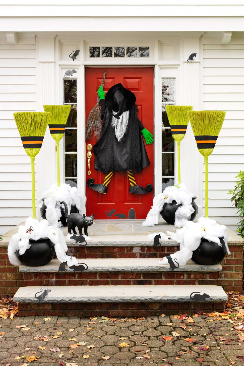 11 Killer Outdoor Halloween Decorating Ideas Spooky Little