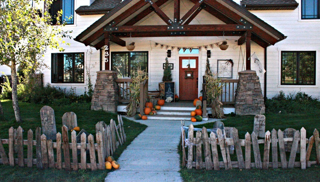 Halloween Yard.11 Killer Outdoor Halloween Decorating Ideas Spooky Little Halloween